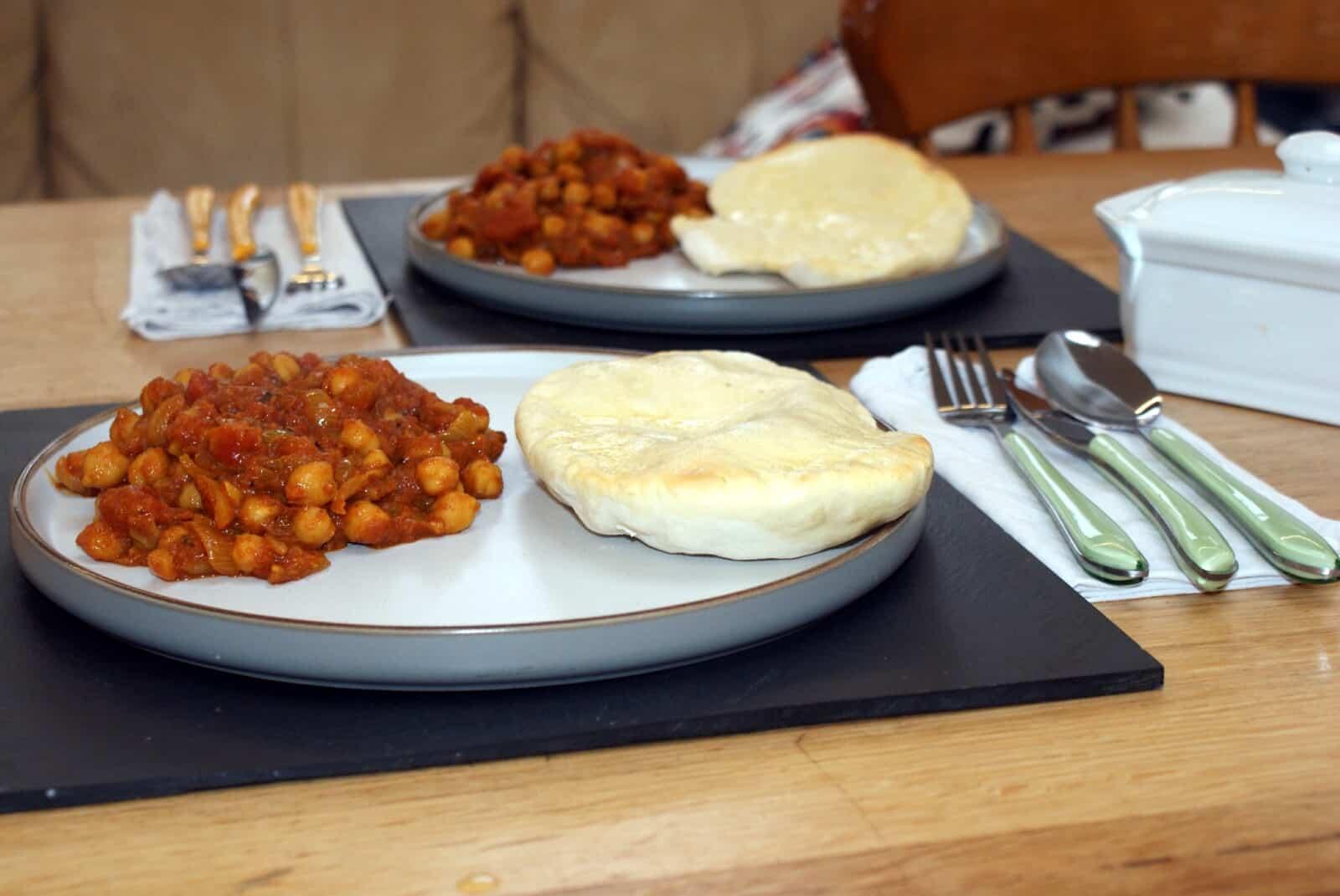 chole masala and nan bread