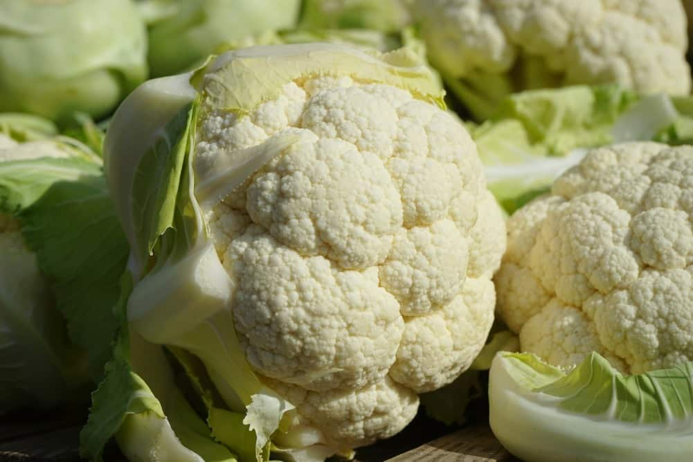 Cauliflower leaves – what do you do with them?