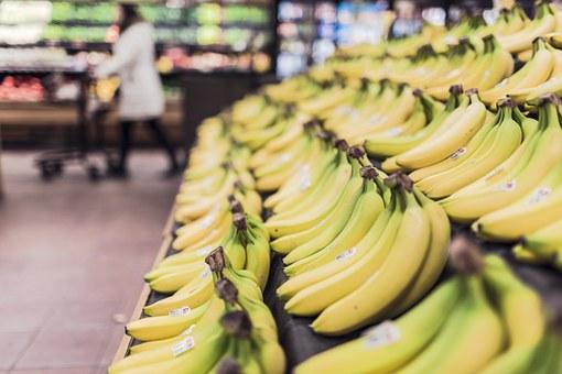 5 ways to save when you go shopping - bananas