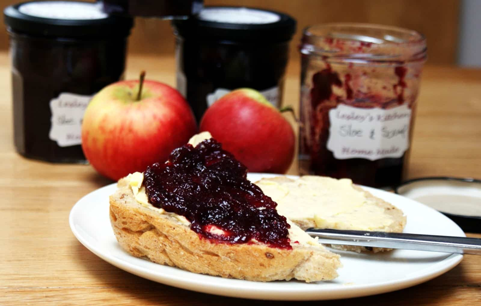 sloe and apple jam