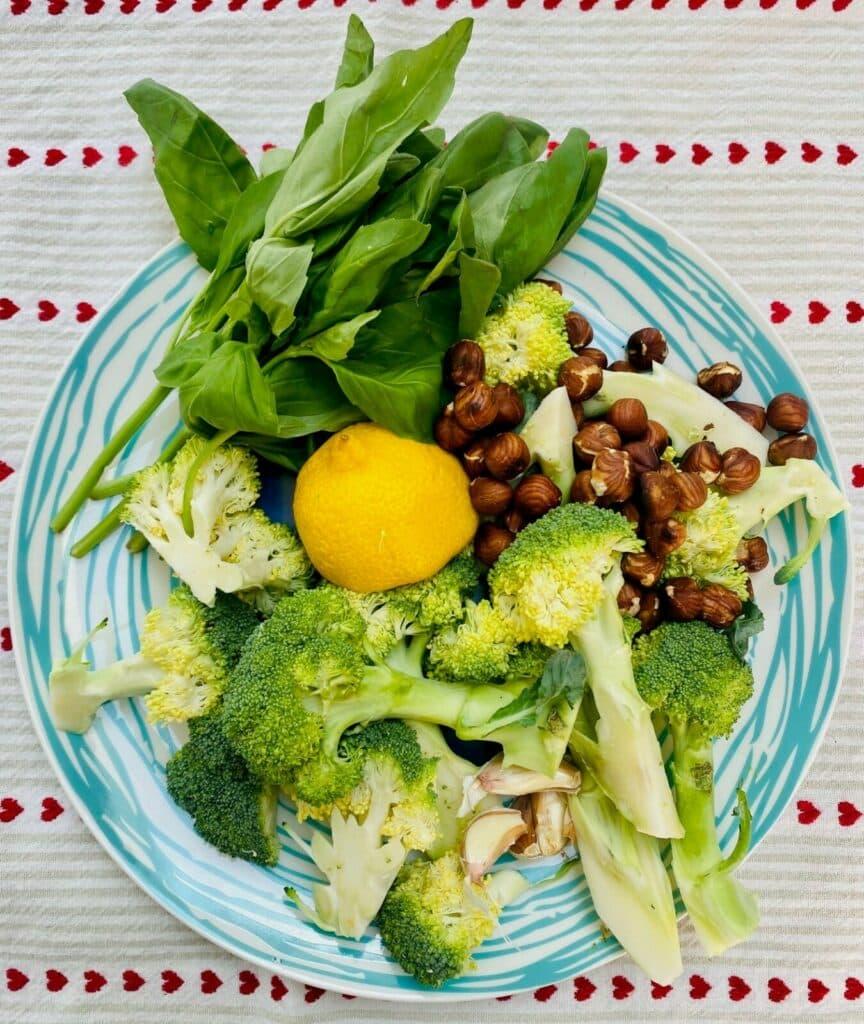 broccoli pesto ingredients