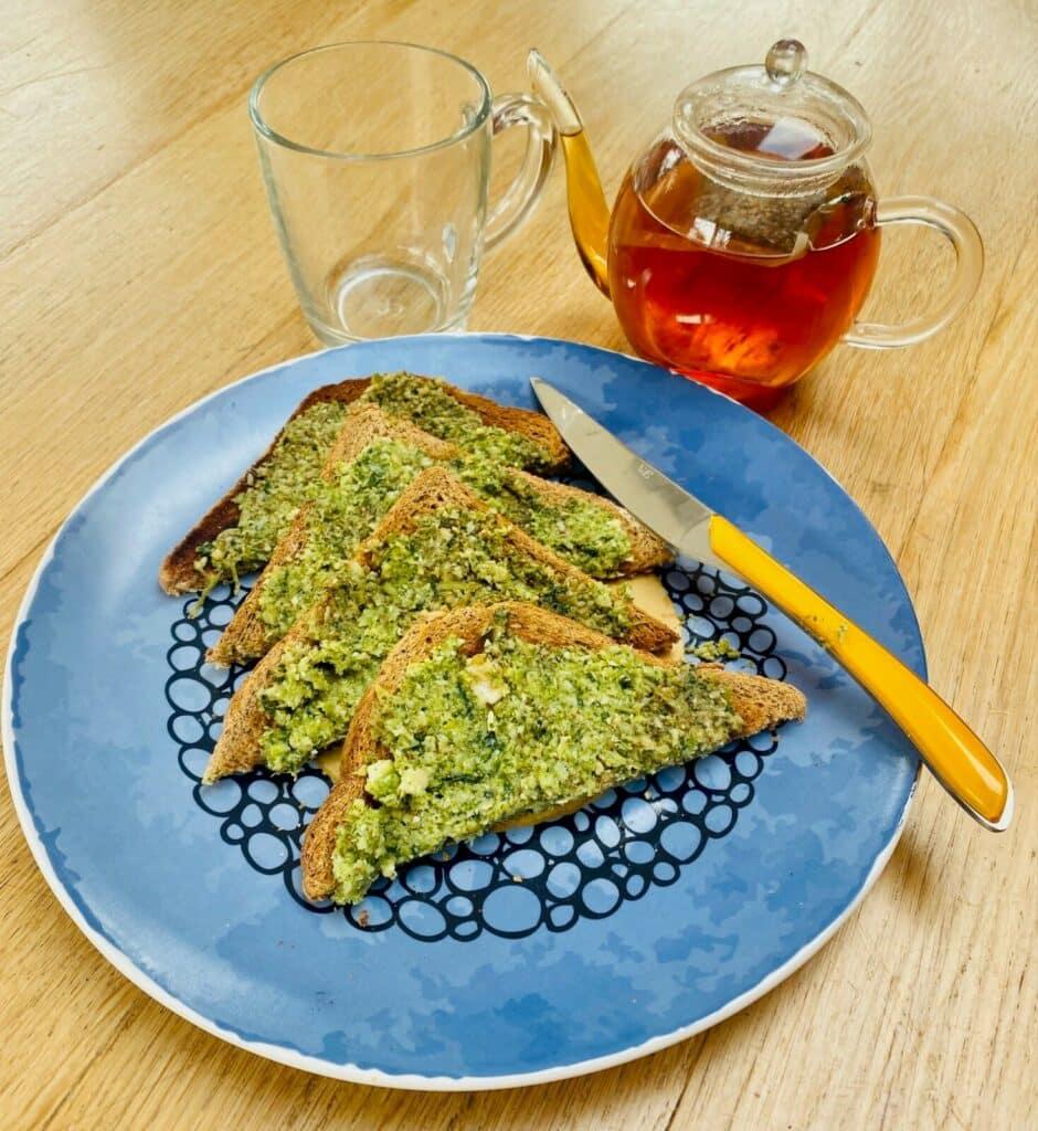 broccoli pesto on toast
