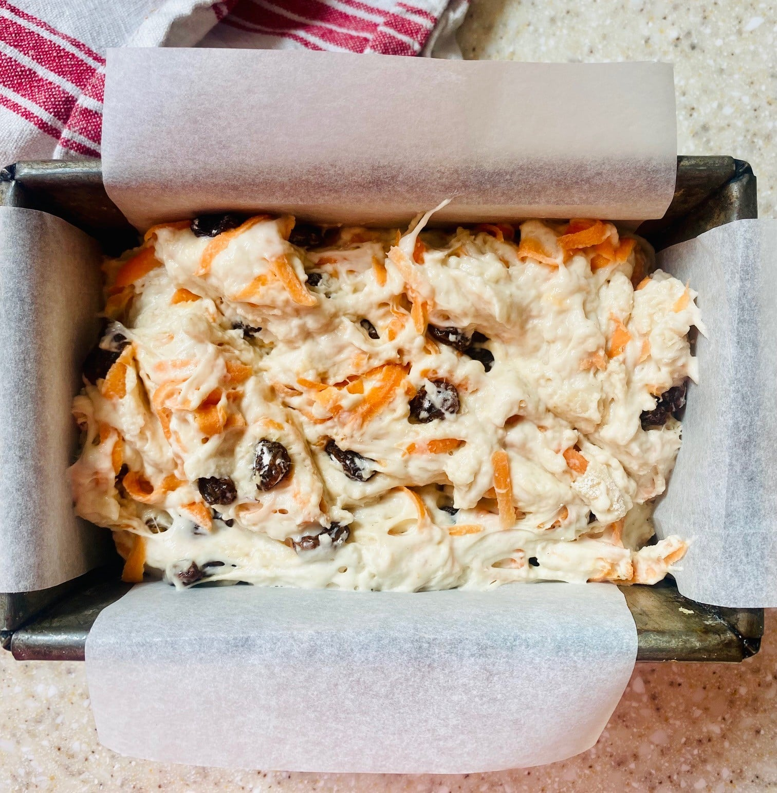 carrot and sultana loaf - mix in tin